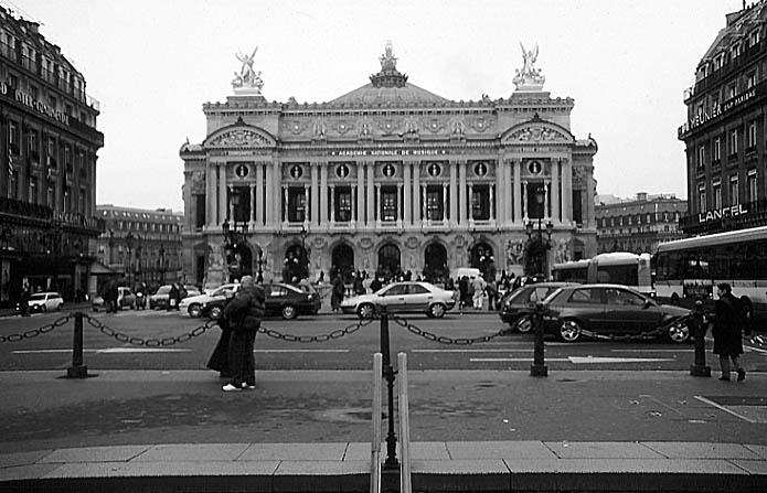 Paris photos in black and white - Opéra Garnier