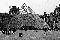 Paris black and white photos - Louvre - Pyramid outside
