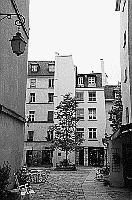 Paris black and white photos - Marais - Village St. Paul